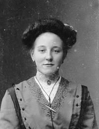 tante Neeltje Verrips e.v. Knelis Stoppelenburg.jpg